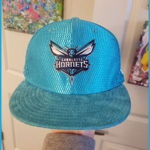 New Era Charlotte Hornest suede brim snap back.